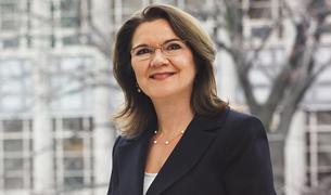 Dean Cristina Amon