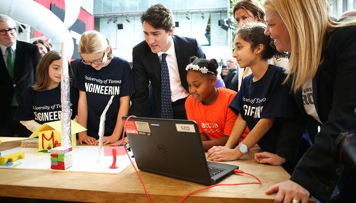 Prime Minister Justin Trudeau with aspiring engineering students